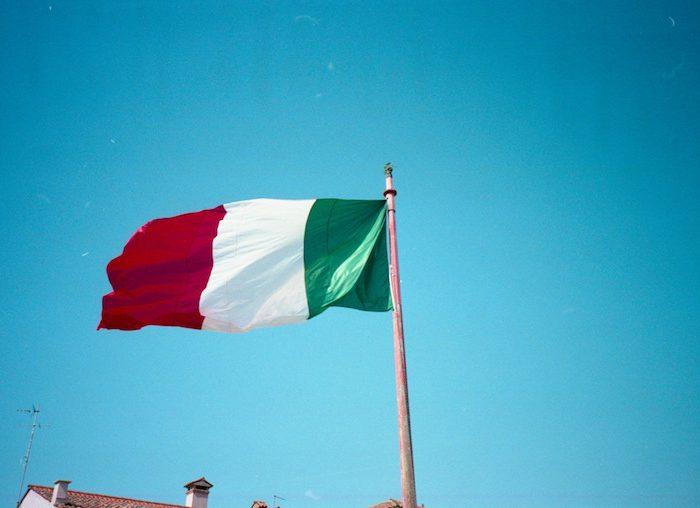 Em Itália, cada jovem recebe 500 euros para gastar em cultura