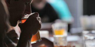 Concertos, futebol e cerveja de graça feita por ti